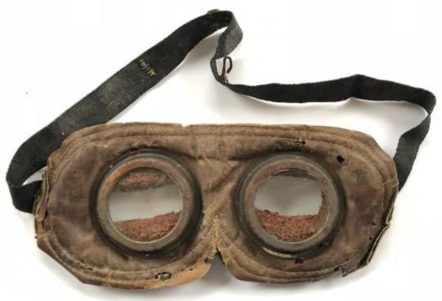 WW1 Circa 1915 British Army Issue Gas Goggles.