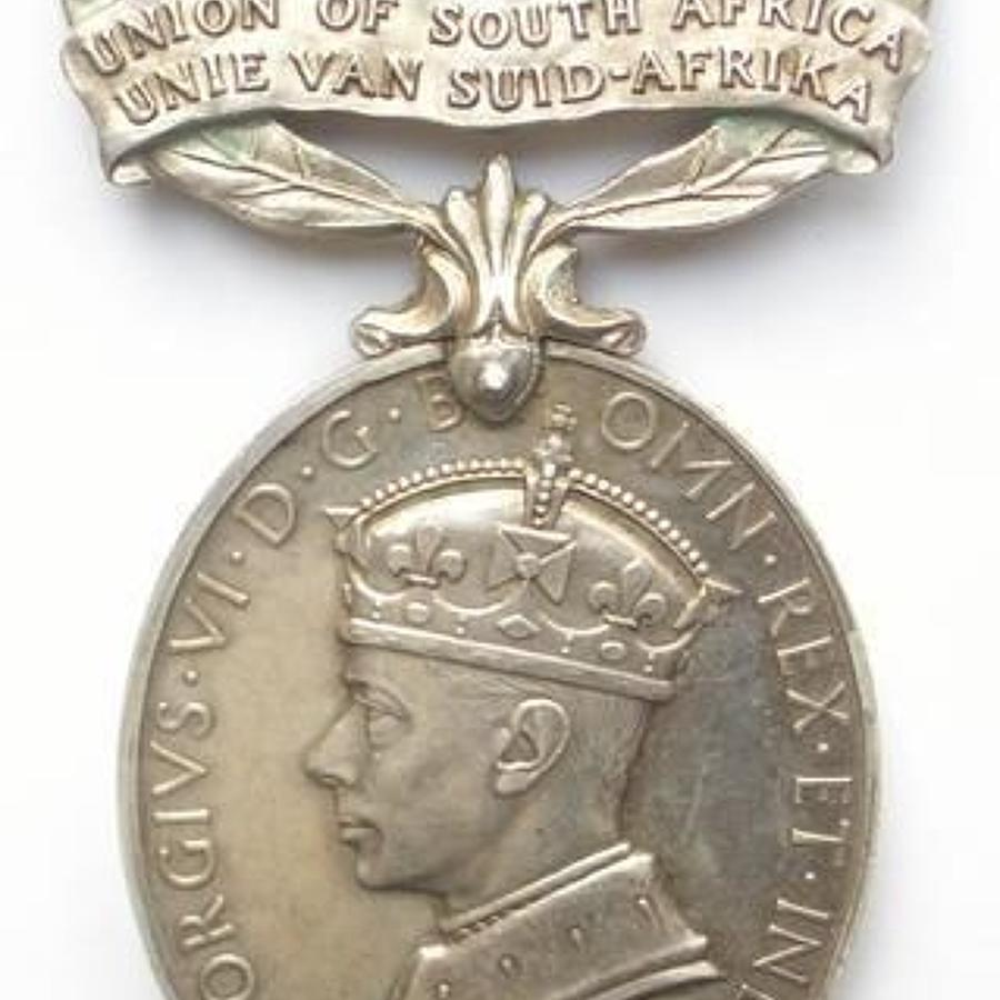 South African Armoured Corps Officer's Efficiency Medal.