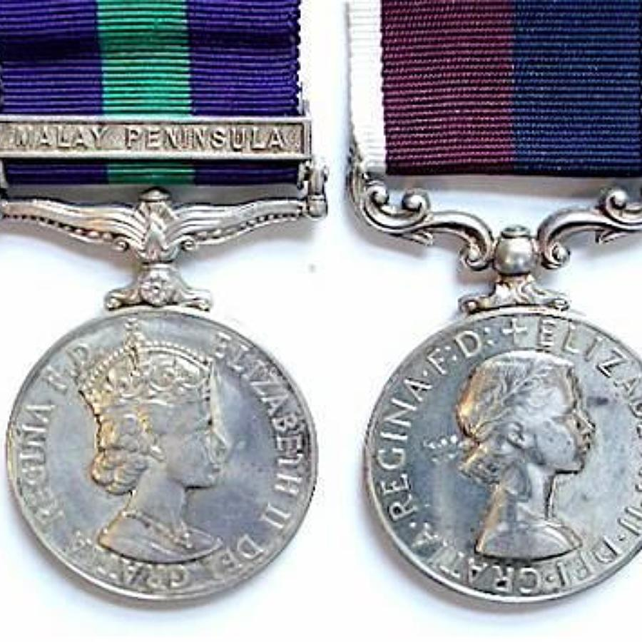 RAF Royal Air Force General Service Medal Lang Service Pair of Medals.