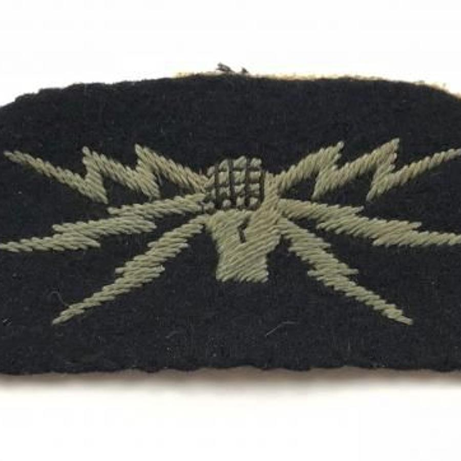 WW2 Period RAF Wireless Operator Ground Cloth Badge.