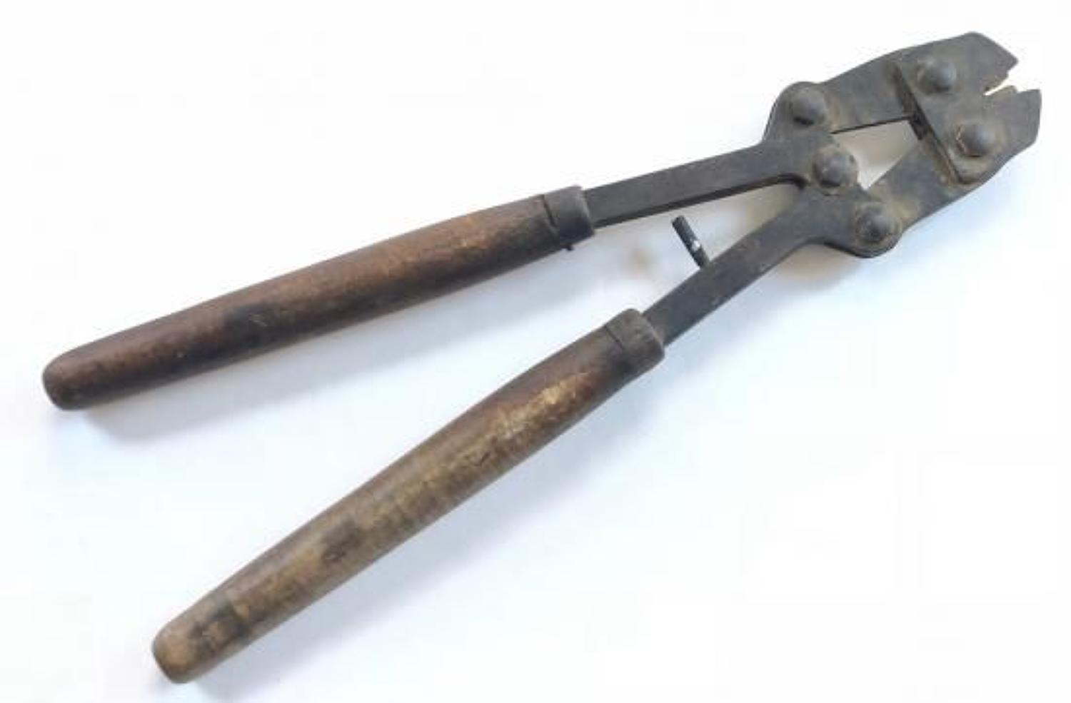WW1 Pattern British Army Long Handle Wire Cutters.