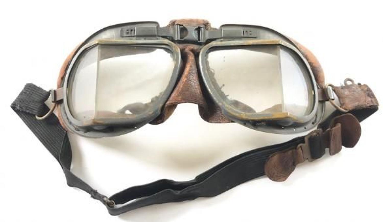 WW2 Pattern RAF MKVIII Flying Goggles.