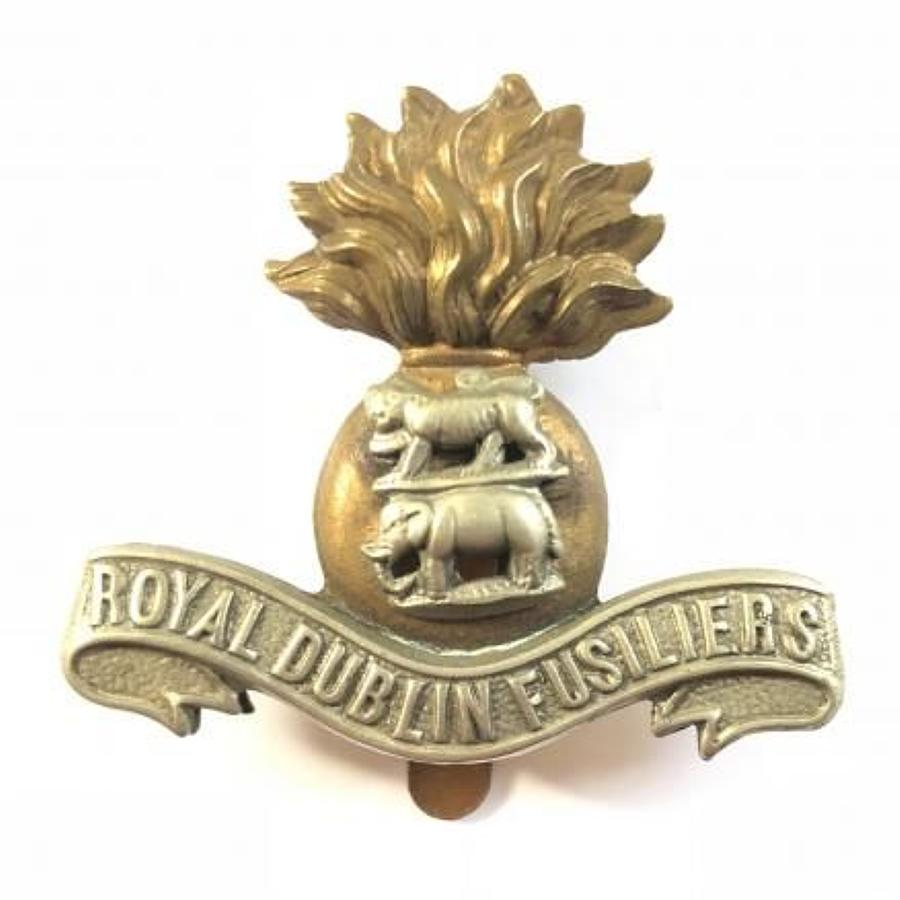 WW1 Period Irish Royal Dublin Fusiliers Cap Badge.