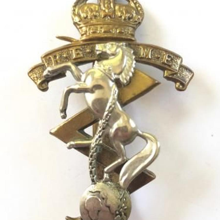 1947-53 Royal Electrical & Mechanical Engineers REME Cap Badge