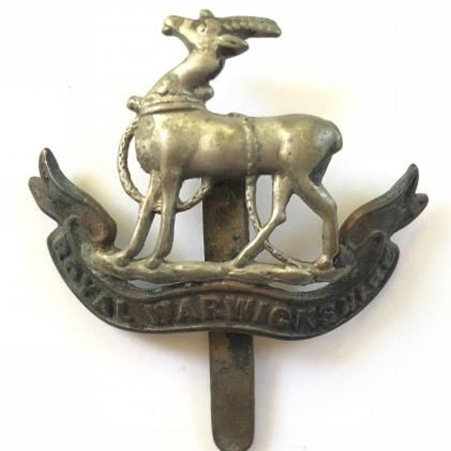 WW1 / WW2 Royal Warwickshire Regiment Cap Badge.