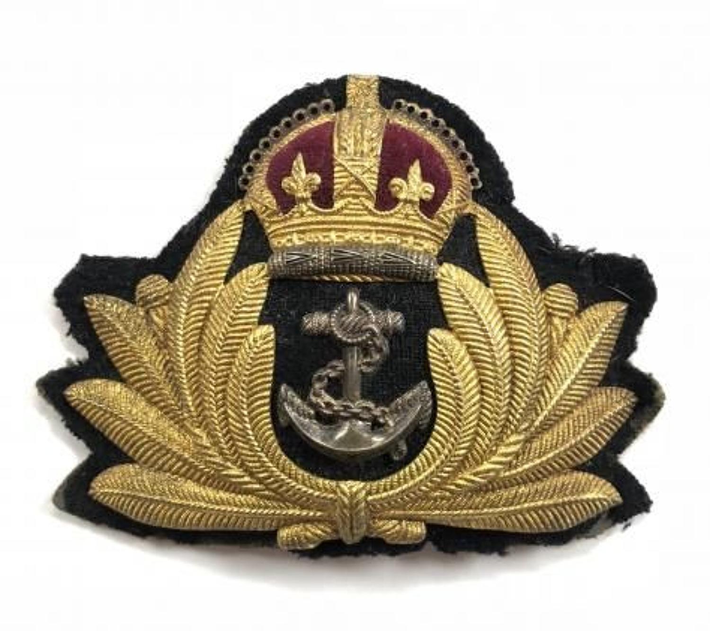 WW2 Royal Navy Economy Officer's Gilt Metal Cap Badge.
