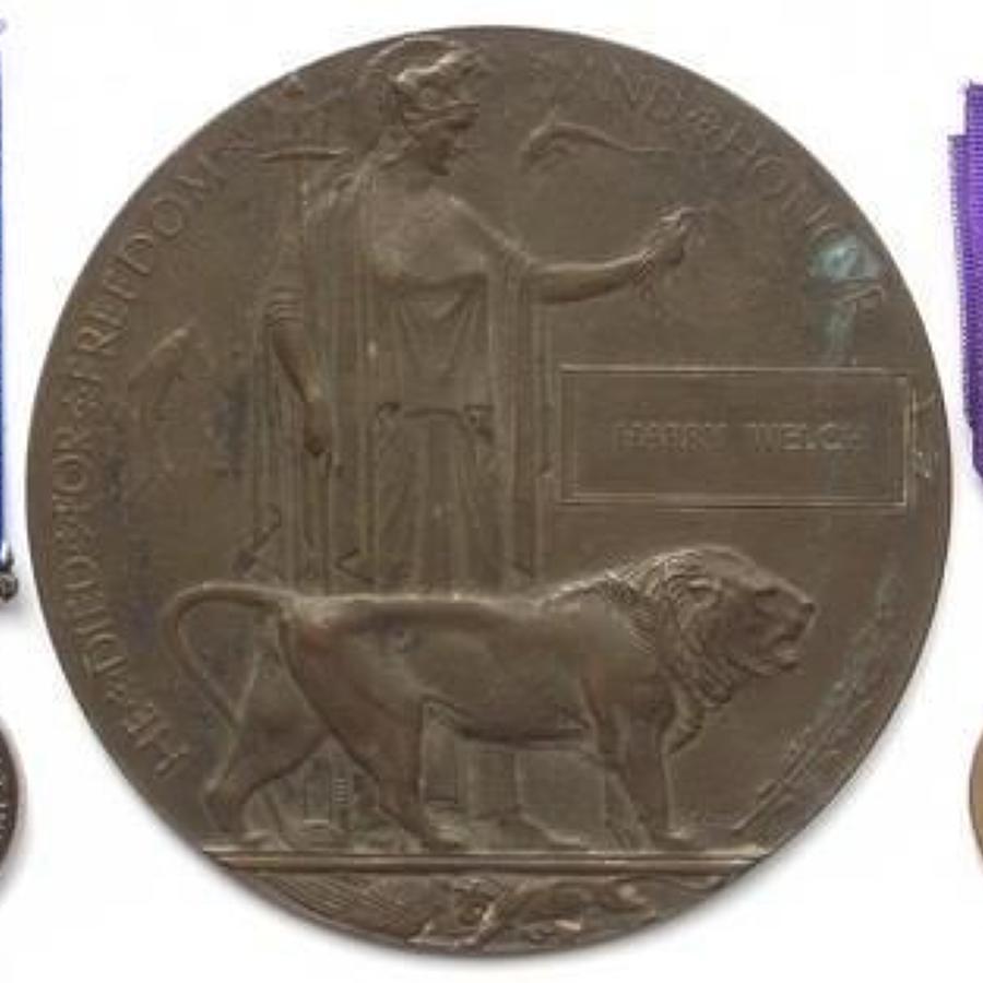 1st Bn 13th (Kensington) London Regiment 1918 Casualty Group.