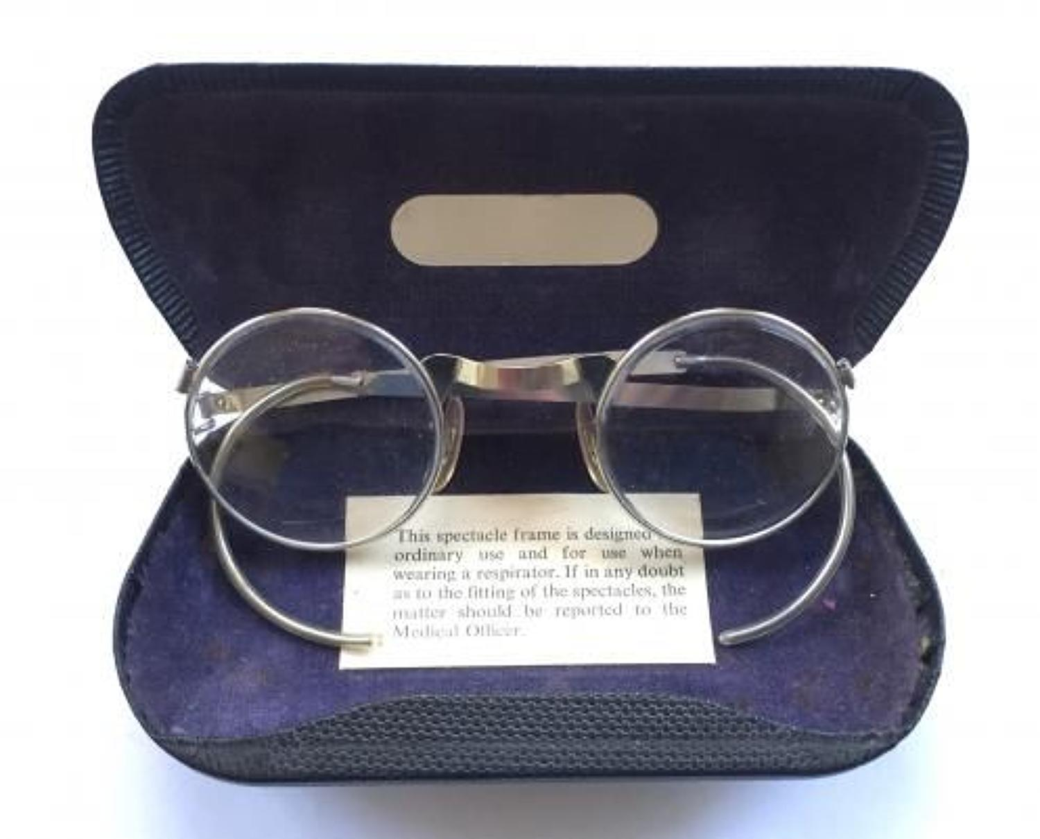 WW2 Home Front Gas Spectacles & Case.