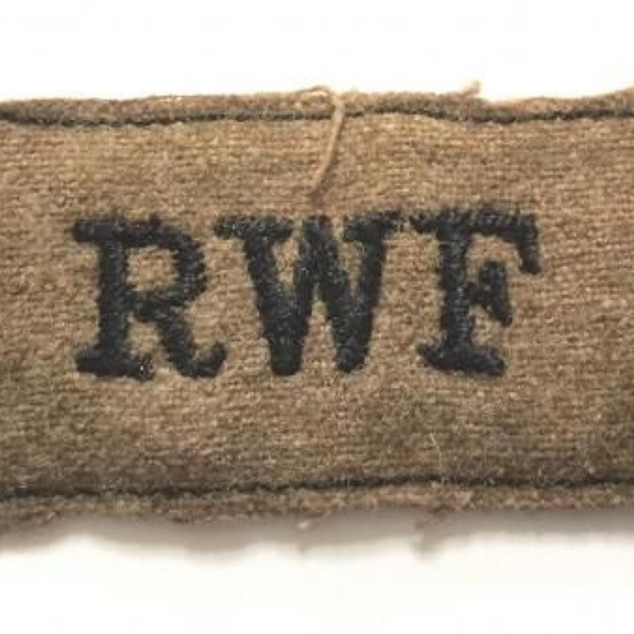 WW2 Period Royal Welsh Fusiliers Slip on Cloth Shoulder Title Badge