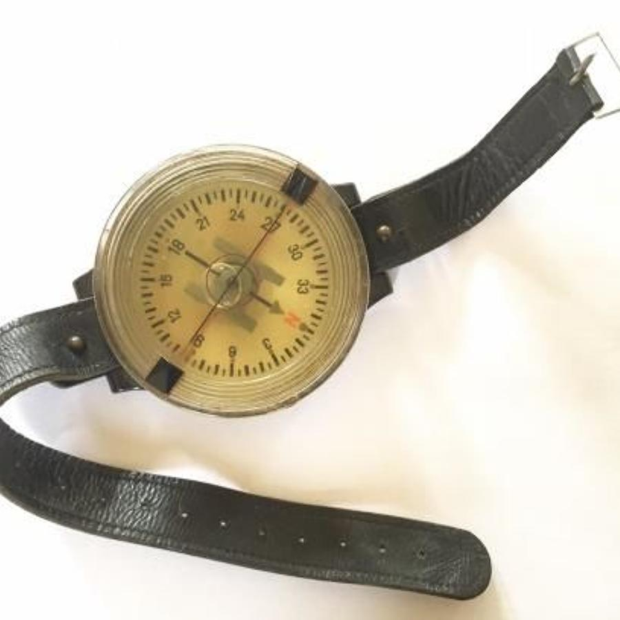 WW2 German Luftwaffe Wrist Compass