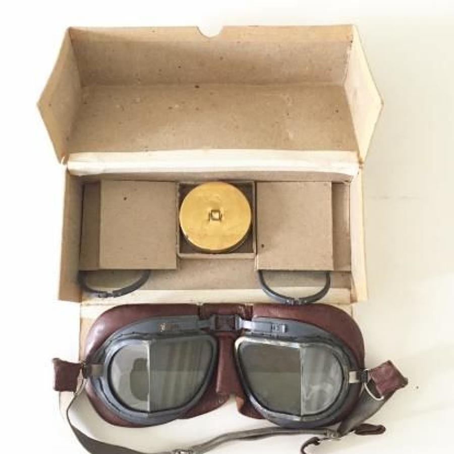 WW2 RAF MKVIII Aircrew Boxed Flying Goggles.