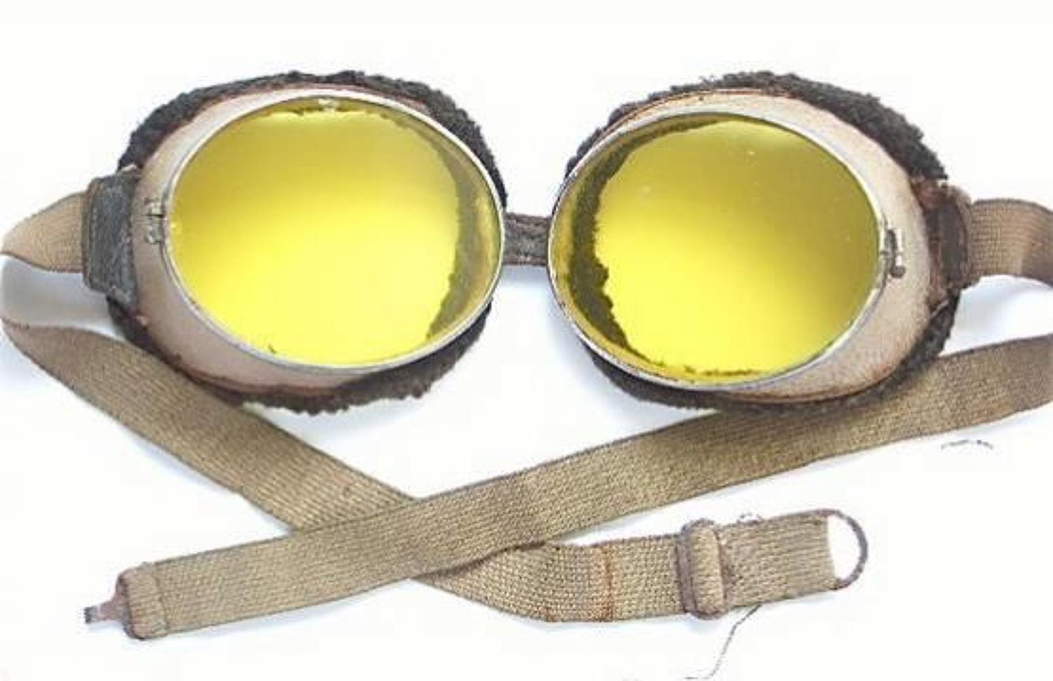 WW1 Period RFC RNAS Early RAF Flying Goggles.