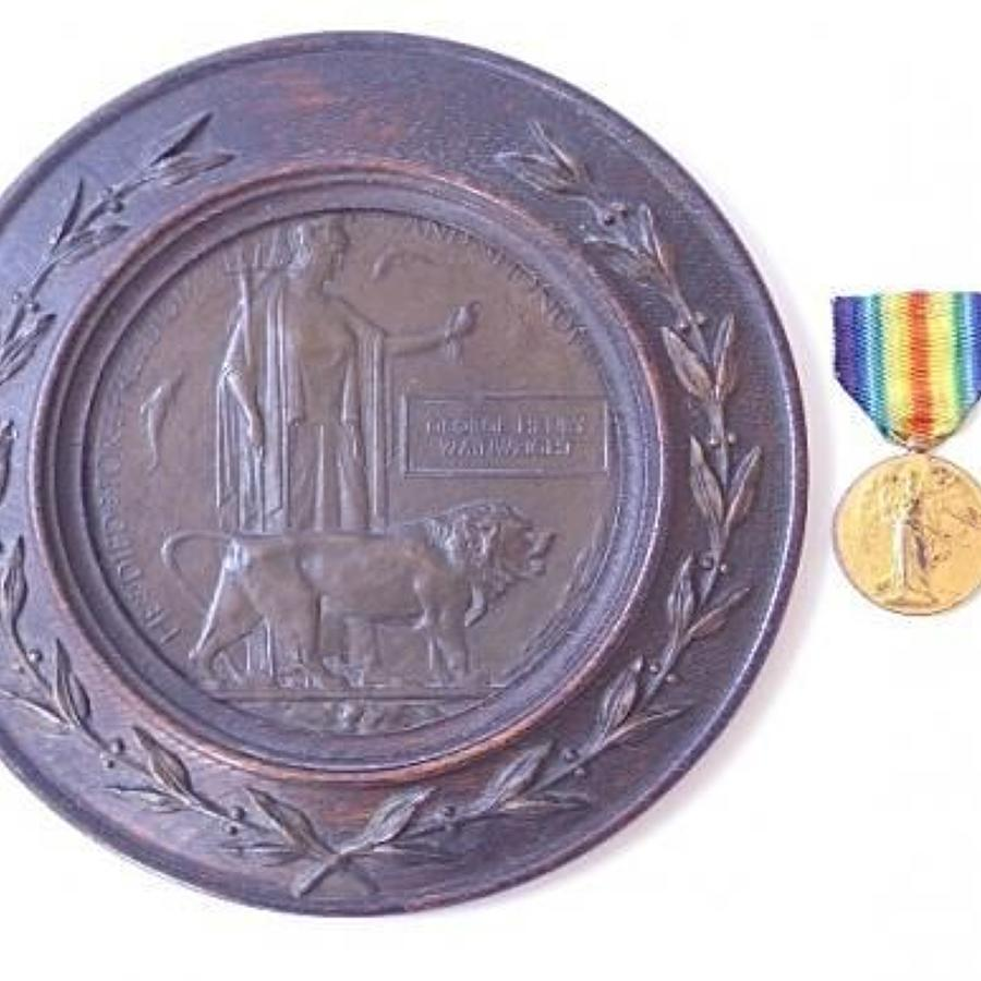 WW1 Northamptonshire Regiment Casualty Memorial Plaque & Victory Medal