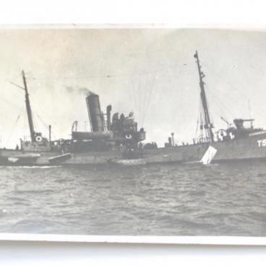 WW2 1940 Royal Navy Armed Trawler HMS Oak Postcard Photograph.