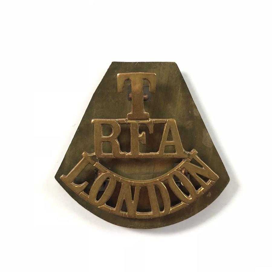 WW1 Territorial RFA London Brass Shoulder Title Badgee