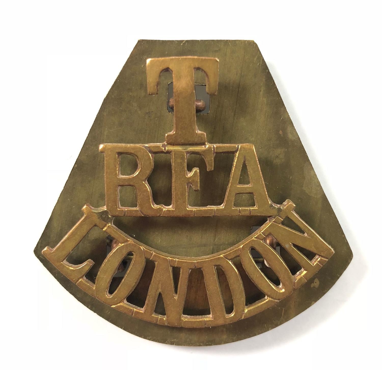 WW1 Territorial RFA London Brass Shoulder Title Badgee