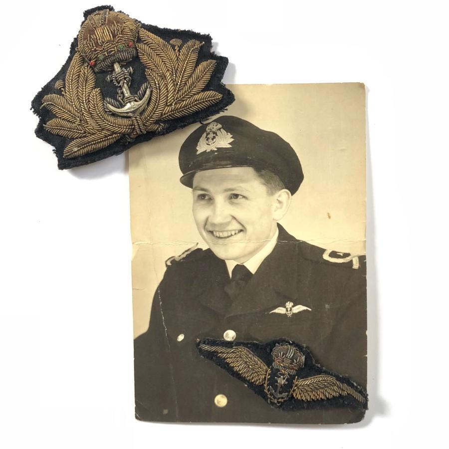 WW2 Fleet Air Arm Pilots Wings Photograph & Cap Badge.