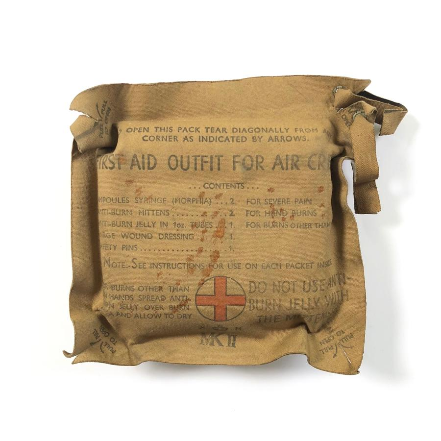 WW2 RAF Personel Aircrew First Aid Pack.