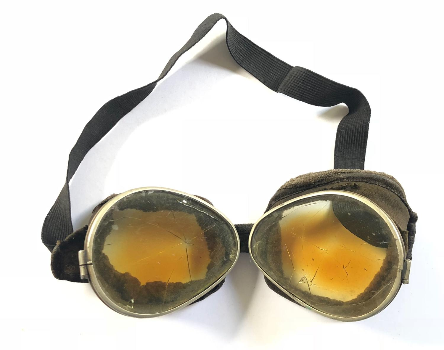 WW1 Period RFC, RNAS, RAF Triplex Safety Glass Flying Goggles.