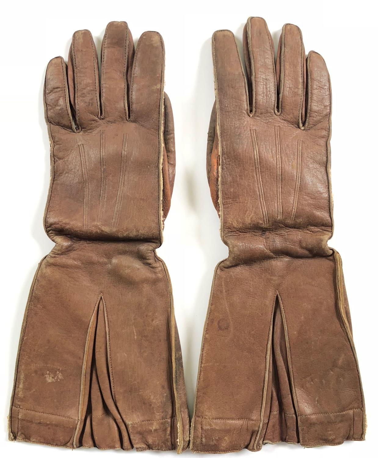 WW2 RAF 1941 Pattern Aircrew Flying Gauntlets.