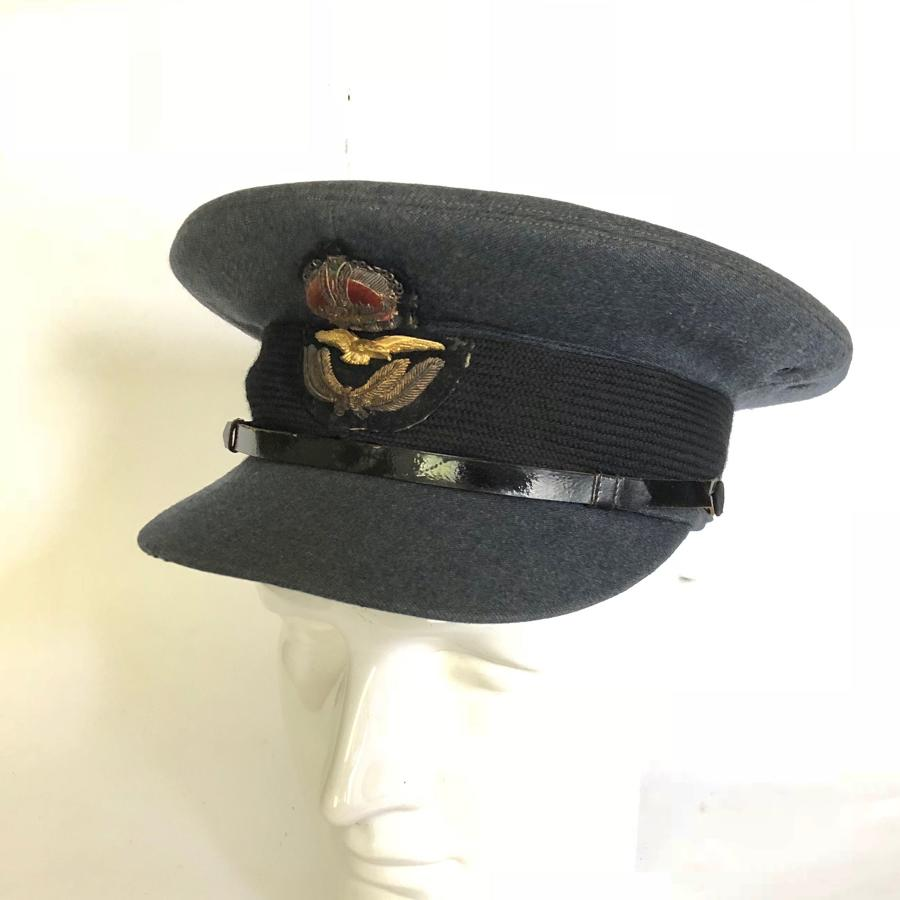 WW2 RAF 1945 Dated Officer's Cap.
