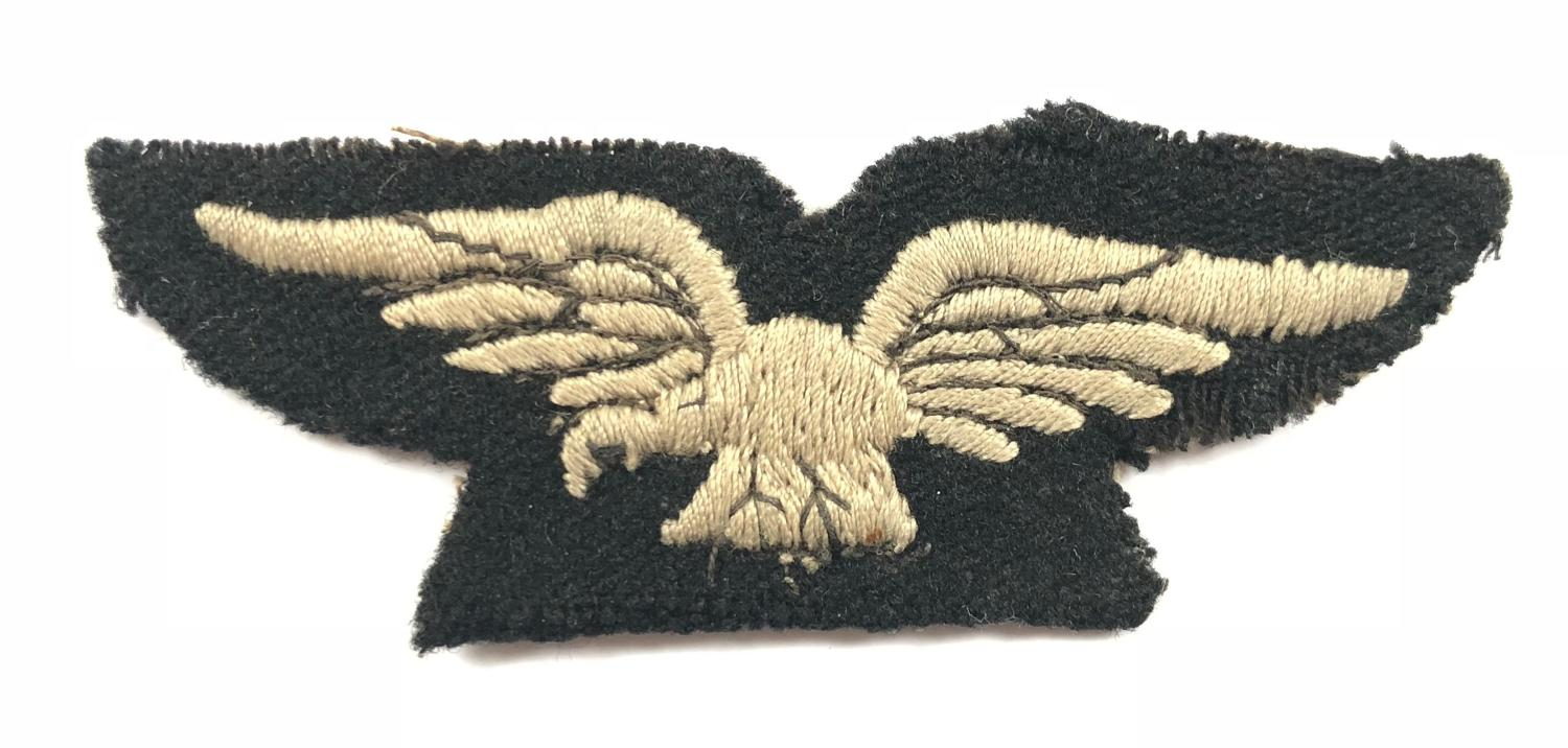 WW1 1918 Women's Royal Air Force WRAF Shoulder Eagle Badge.