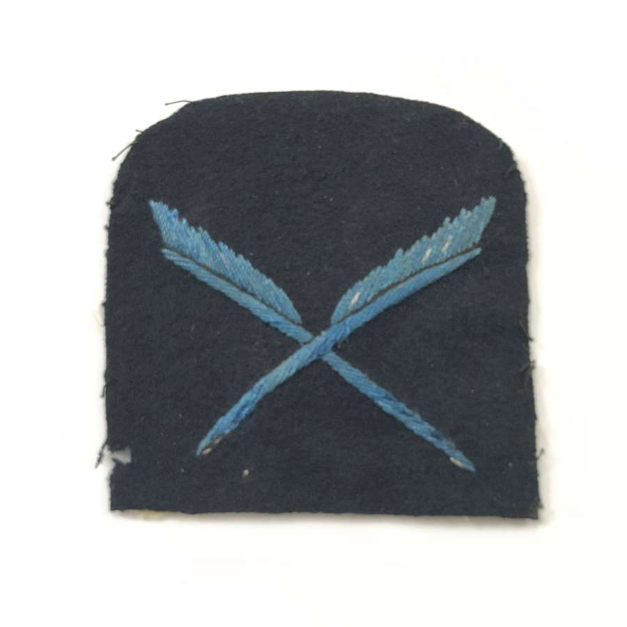 WW1 Womens Royal Naval Reserve Clerical Staff cloth rate badge