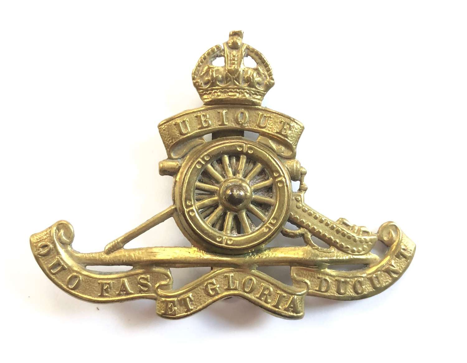 WW1 / WW2 Pattern Royal Artillery Cap Badge Moving Wheel