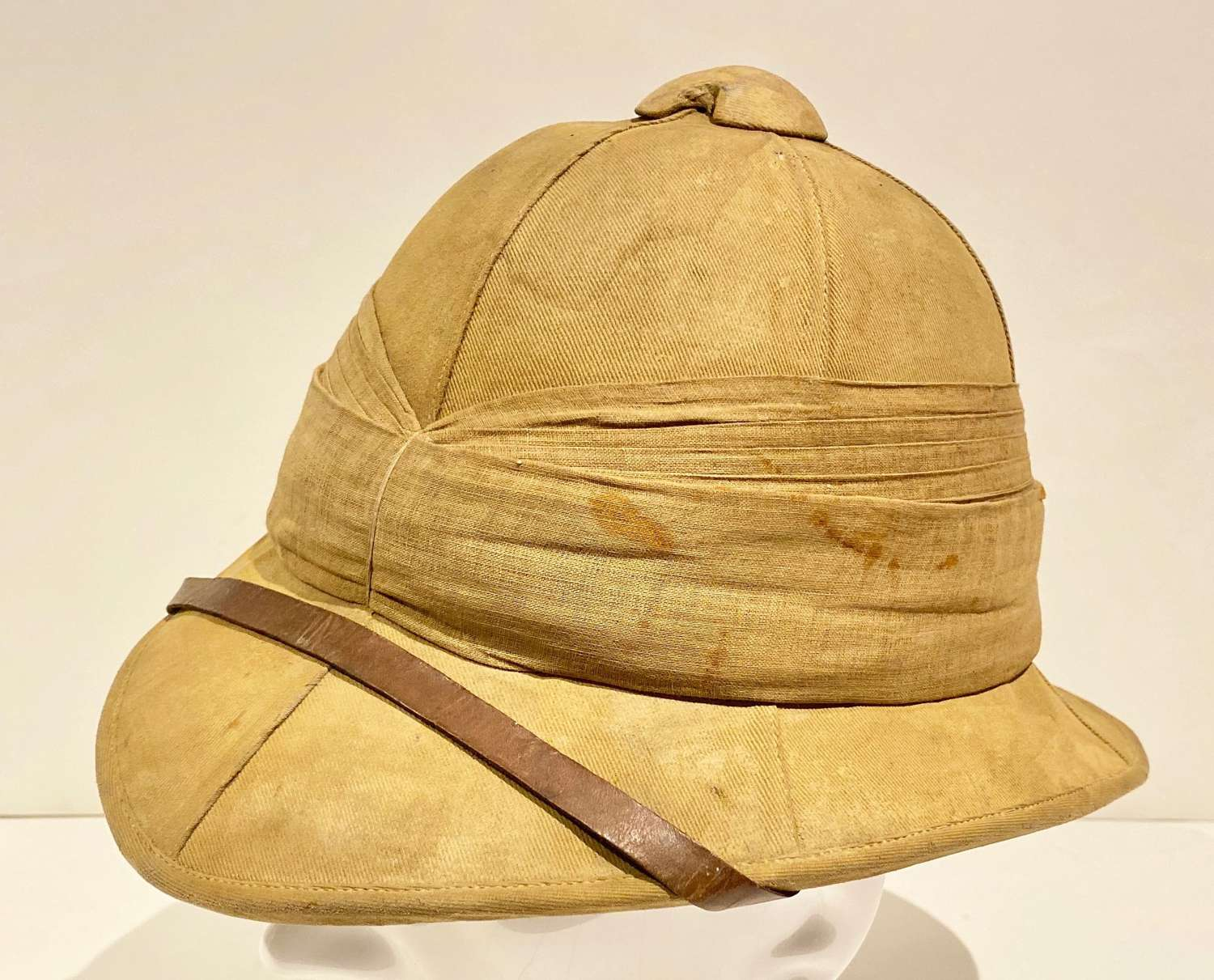 WW1 Period Other Rank's Wolseley Pattern Foreign Service Helmet.