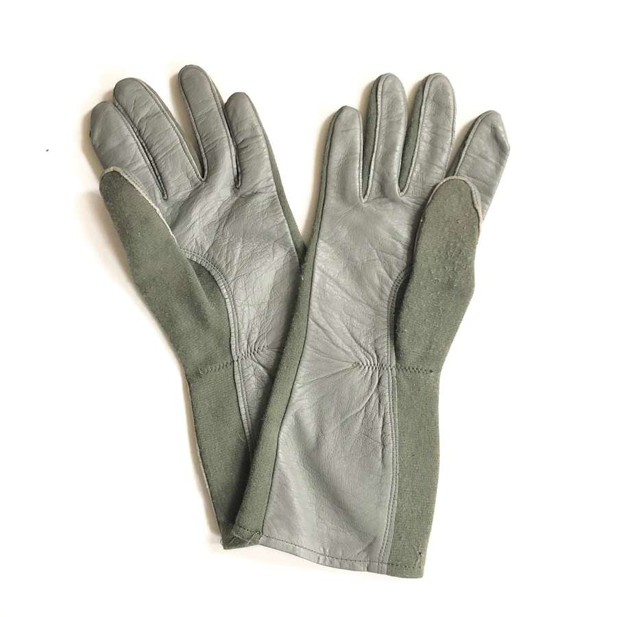 US Air Force Pattern Flying Gloves.