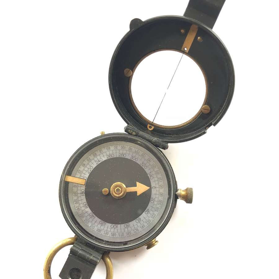 WW1 1915 British Army Issue Compass.
