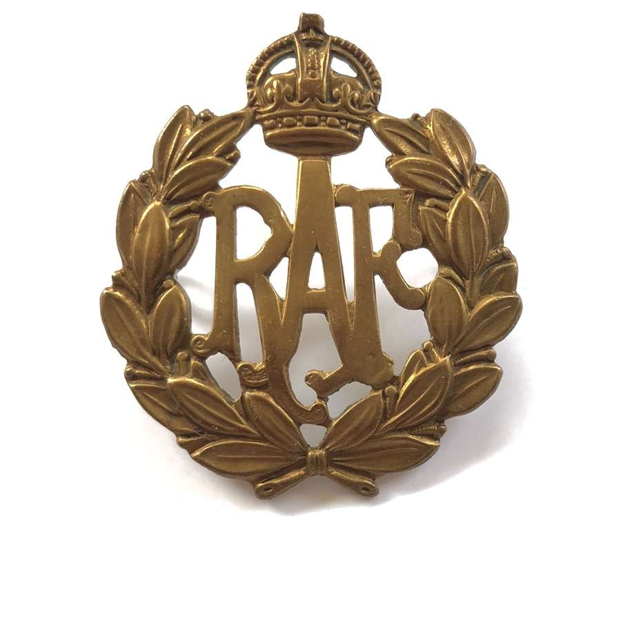 WW2 Pattern RAF Other Ranks Brass Cap Badge.