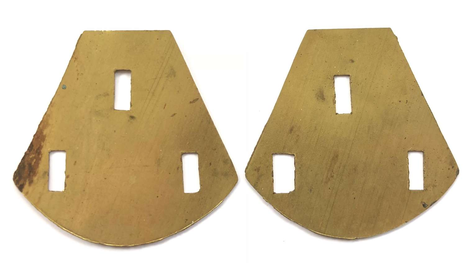 WW1 British Army Territorial Bn Brass Shoulder Title Backing Plates