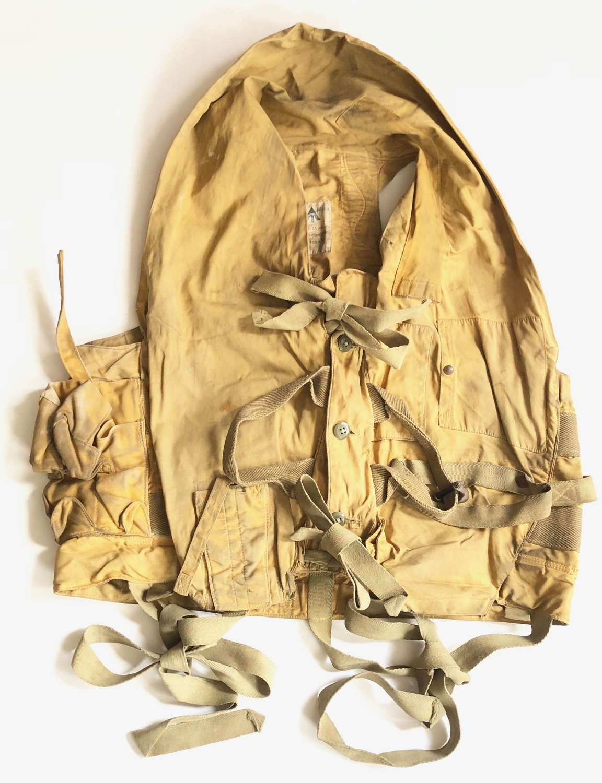 WW2 RAF 1941 Pattern Mae West Life Jacket.