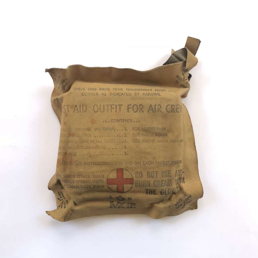 WW2 RAF Aircrew First Aid Pack.