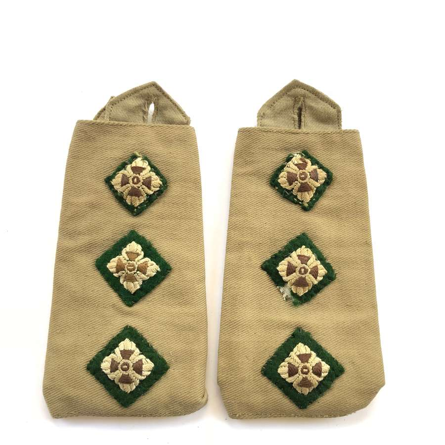 WW2 British Captain KD Slip on Rank Slides.