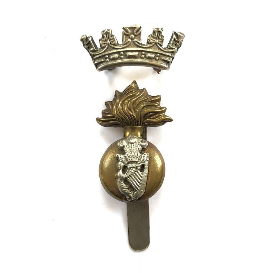 WW2 Period Royal Irish Fusiliers Two Part Cap Badge.