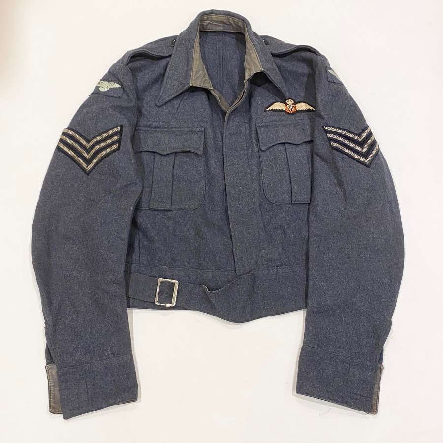 WW2 1944 RAF Pilot's Large Size War Service Battledress Blouse.