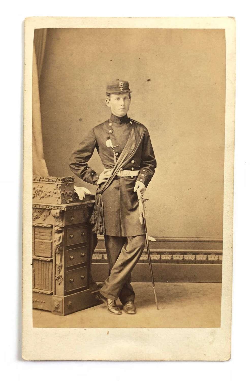 Victorian 2nd (Queen's) Regiment Officer's Carte de Visite Photogr