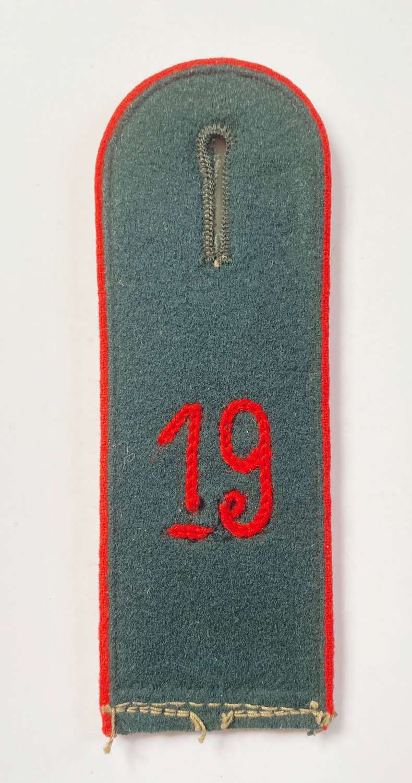 German Shoulder Strap of the 19th Artillery Regiment.