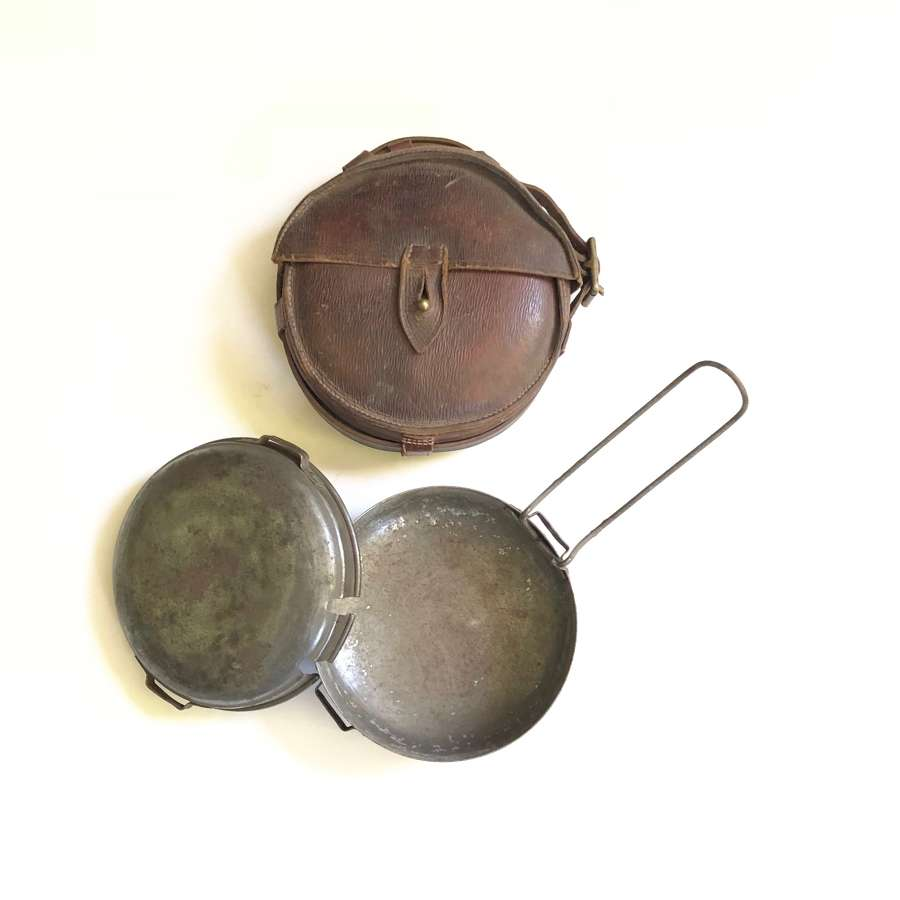 Boer War Cavalry / Mounted Infantry 1902 Dated Mess Tin.