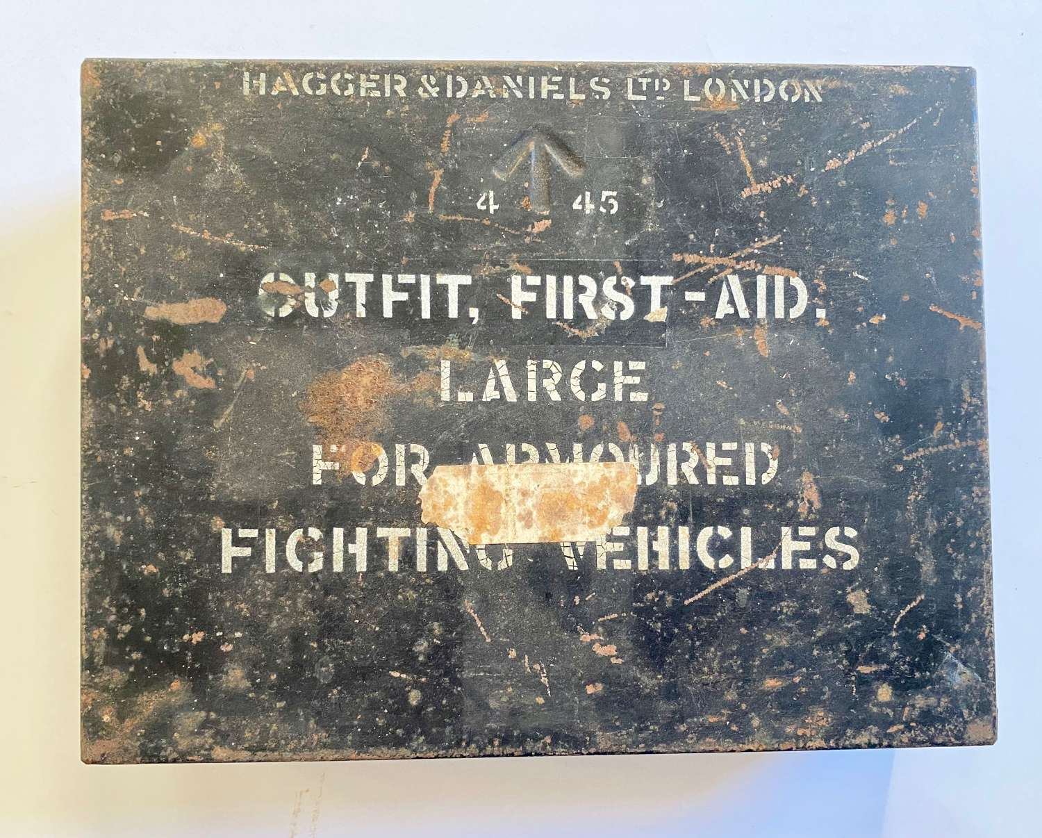 WW2 1945 Large Armoured Fighting Vehicles First Aid Tin.