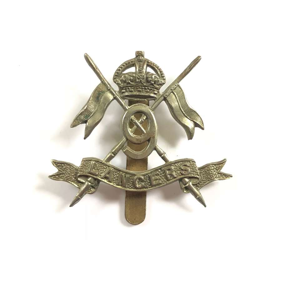 WW1 / WW2 Pattern 9th Lancers Cap Badge