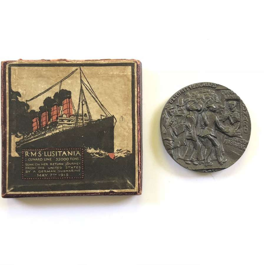 RMS Lusitania Cunard Shipping Line commemorative medal.