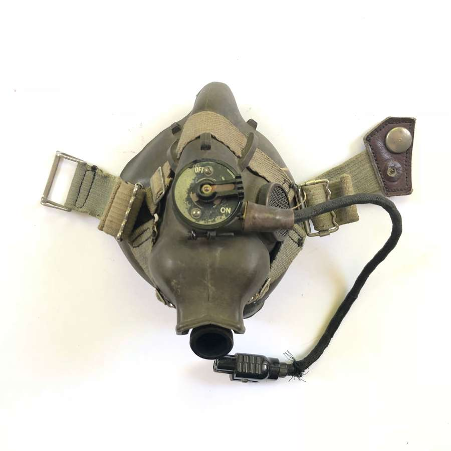 WW2 RAF April 1945 Dated H Type Oxygen Mask