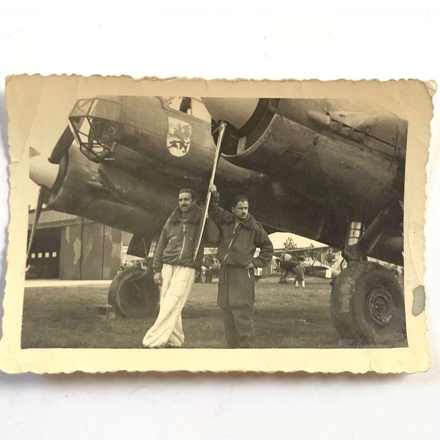 WW2 Luftwaffe Snap Shot Photograph of Aircrew Italy.