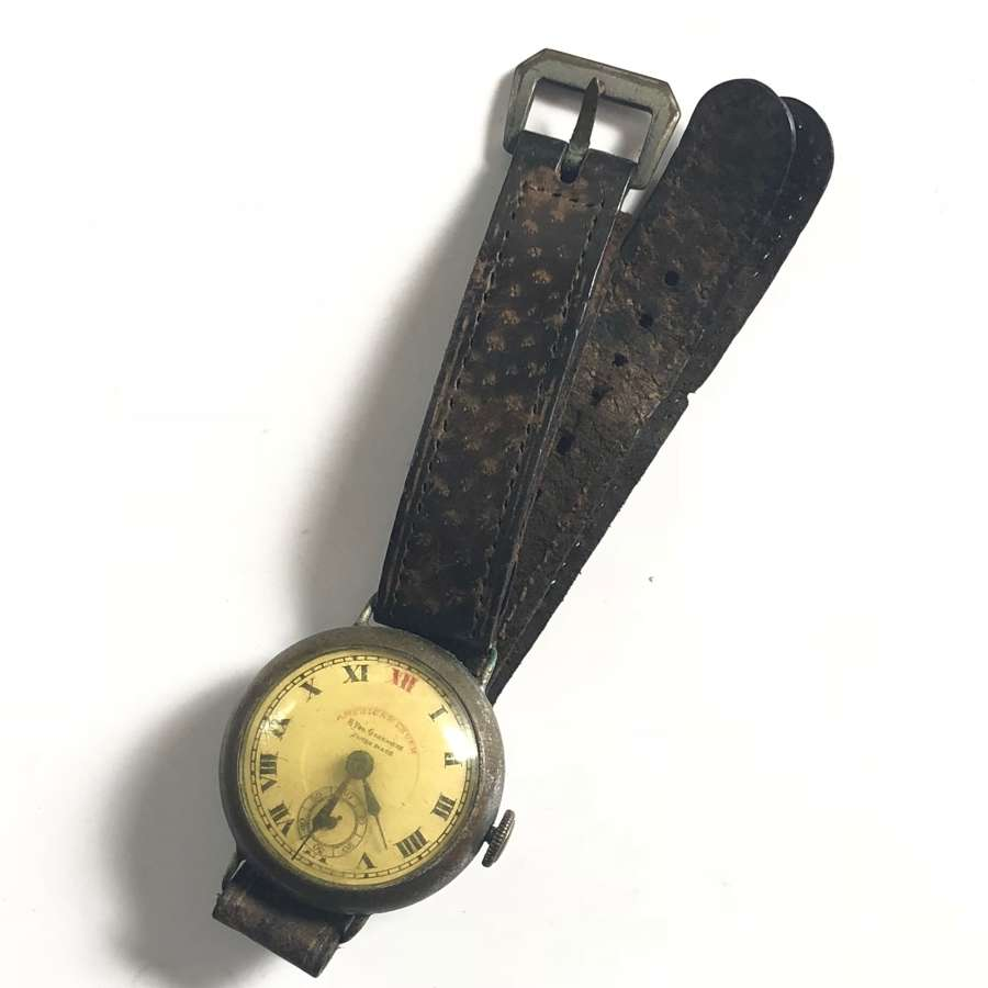 WW1 / WW2 Style Wrist Watch & Period Strap.