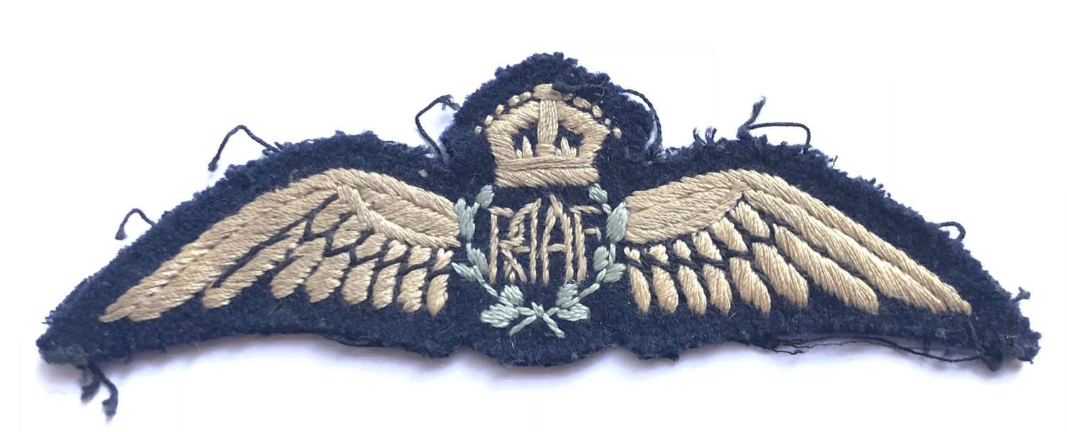 WW2 Royal Australian Air Force RAAF Pilots Wings.