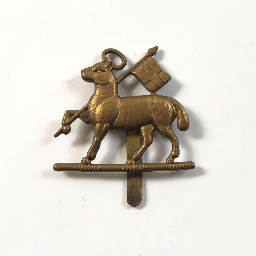 WW2 Queen's Regiment Cap Badge.