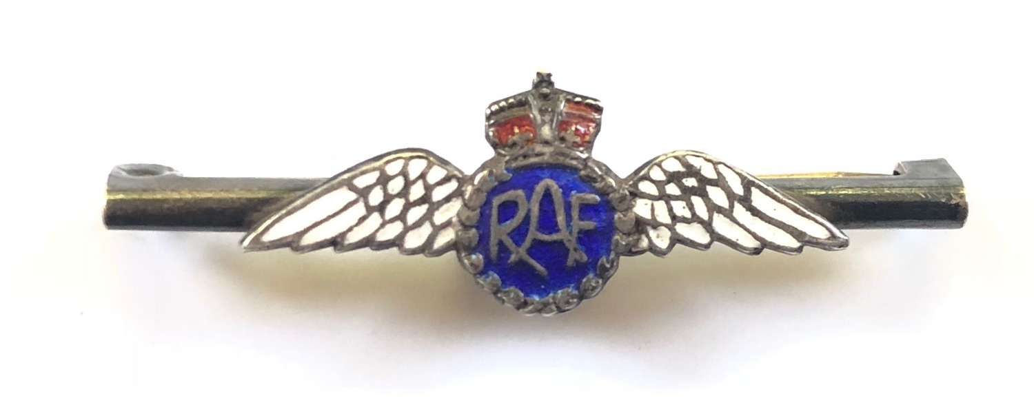 WW2 RAF Silver Regimental Sweetheart Brooch.
